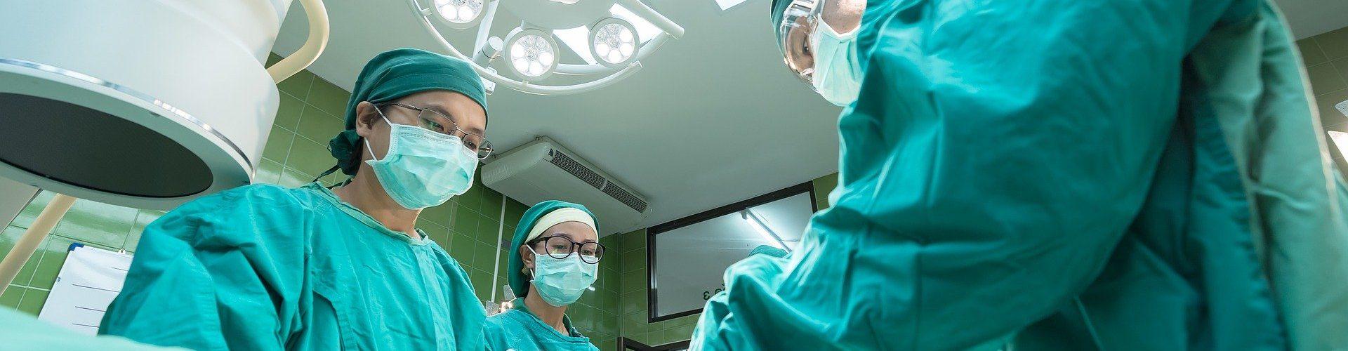surgery-1807541_1920